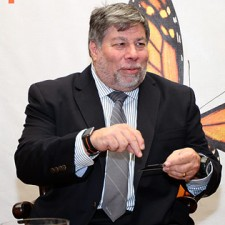 Steve Wozniak mit iPod Nano 6G Uhr