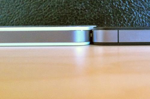 Weißes iPhone 4: 0,2 mm dicker, keine Probleme mit Cases zu erwarten