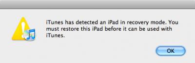 Sobald das Gerät im DFU-Modus ist, zeigt iTunes an, dass das Gerät nicht verwendet werden kann, bis es wiederhergestellt wurde.