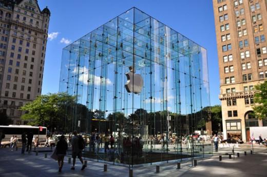 Vorher: Glaswürfel aus 90 Elementen, 5th Avenue Apple Store, New York
