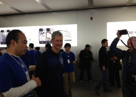 Apple: Tim Cook wegen Rechtsstreit in China