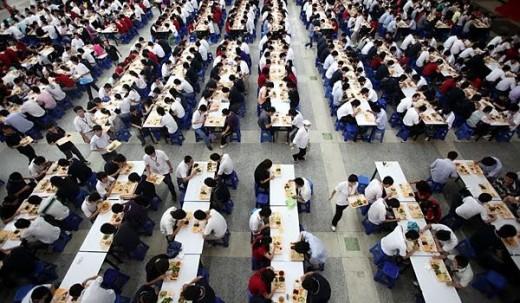 Apple: Foxconn hebt Gehälter an