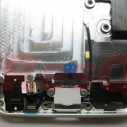 iPhone 5: Audio-Anschluss und Connector in Case
