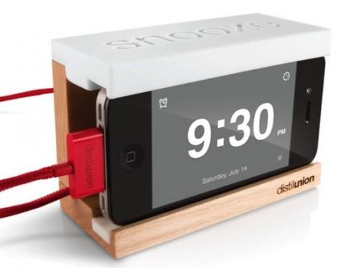 iPhone 5 Gadget: Wecker mit Snooze-Button
