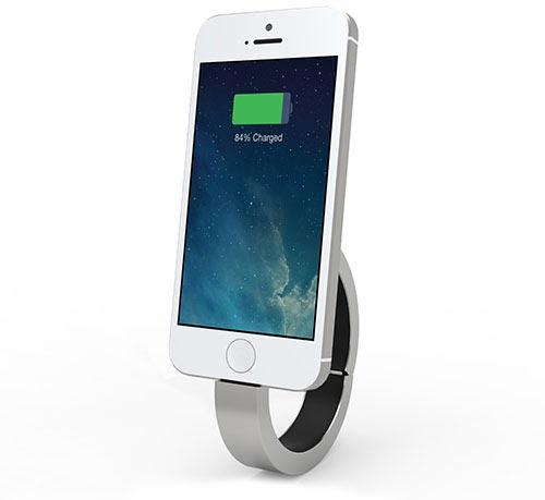 iPhone-Notfall-Akku: Modisches Armband QBracelet mit Lademöglichkeit